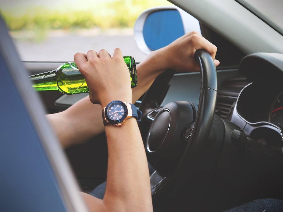 Bild zum Thema Alkohol am Steuer